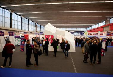 The exhibition area may not be beautiful, but it´s an effective trading area.
